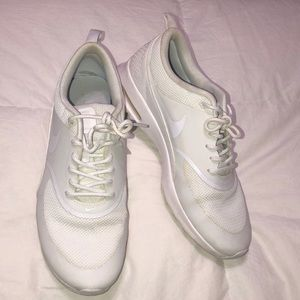 All White Nike Air Max Thea Women's / Size 10